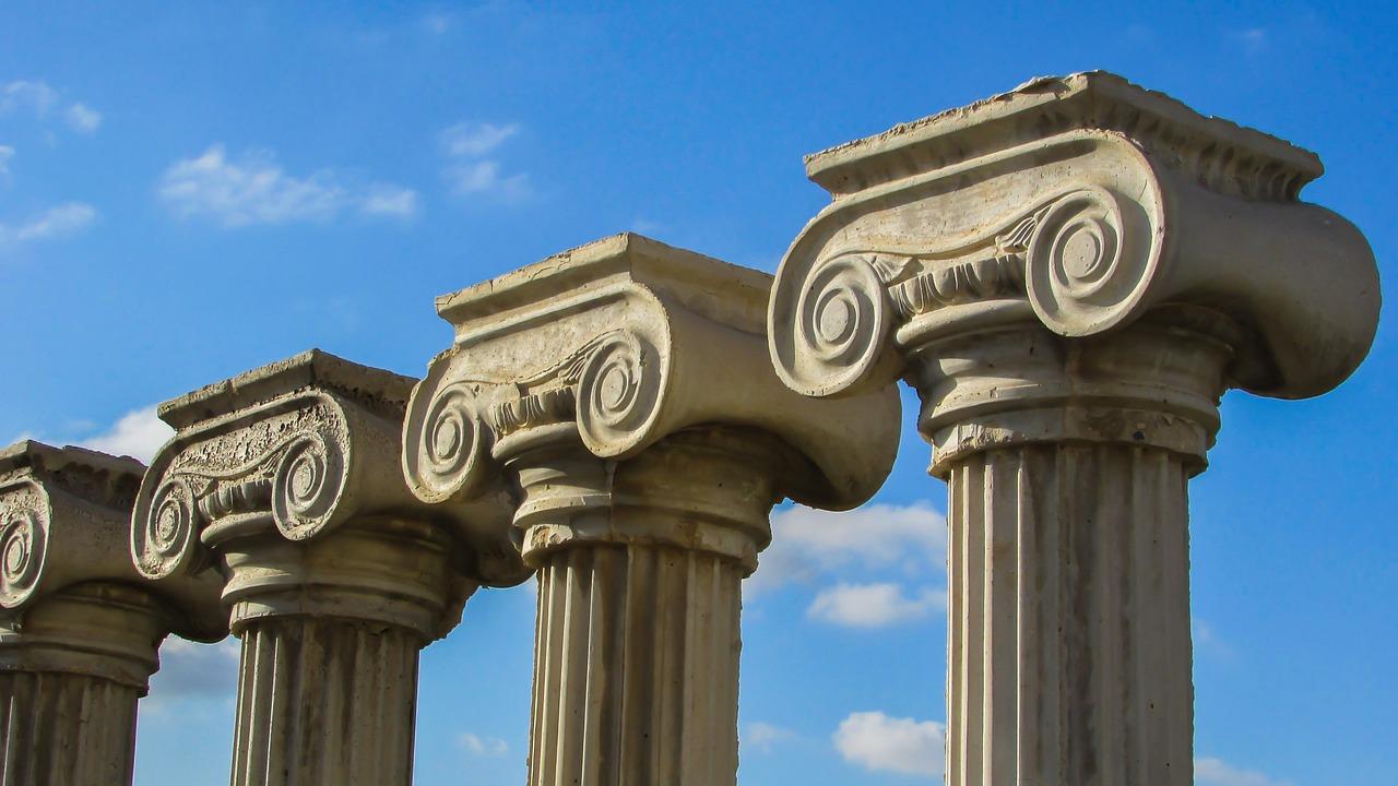 pillar-capitals-1220665_1280